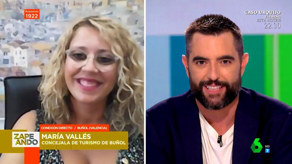 Dani Mateo entrevista a la concejal de Turismo de Buñol