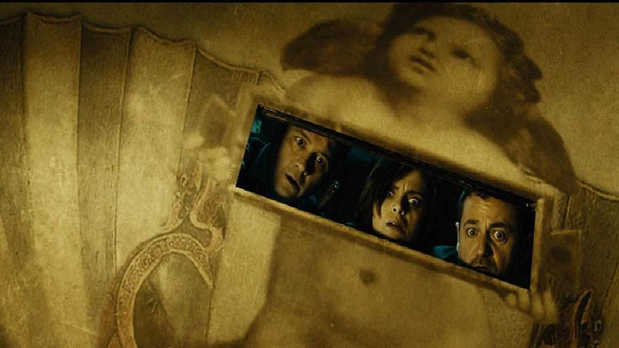 Fotograma de la película Las brujas de Zugarramurdi (2013), de Álex de la Iglesia
