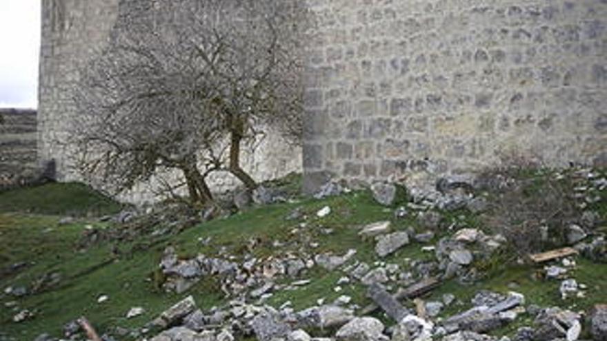 Castillo de Galve de Sorbe, destrozos. Foto: Asociación del castillo de Galve de Sorbe