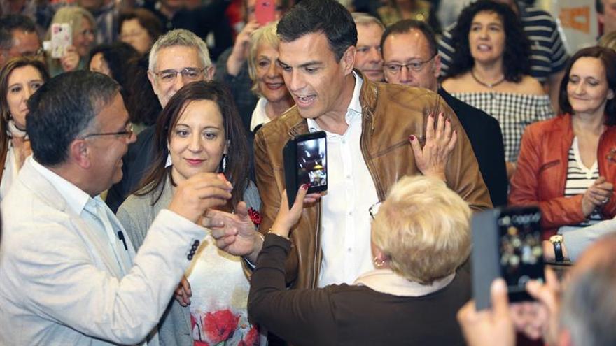 """Sánchez pide un giro a la izquierda del PSOE y unas primarias """"sin difamaciones"""""""
