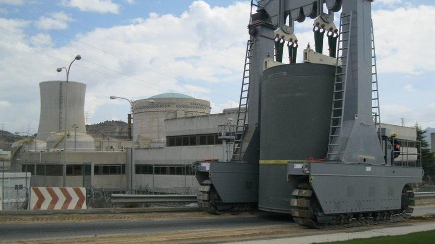 ENSA completa cuatro nuevas cargas de contenedores para Trillo y Ascó