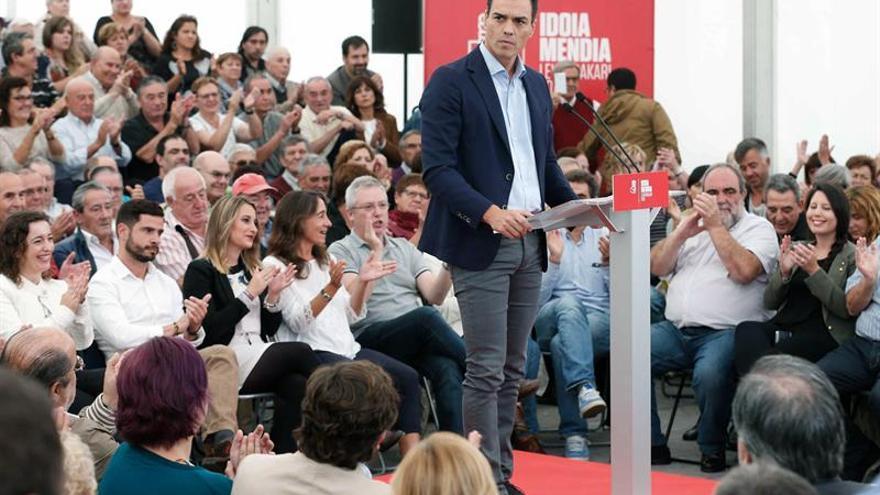 Sánchez fija los objetivos de un posible gobierno con Ciudadanos y Podemos