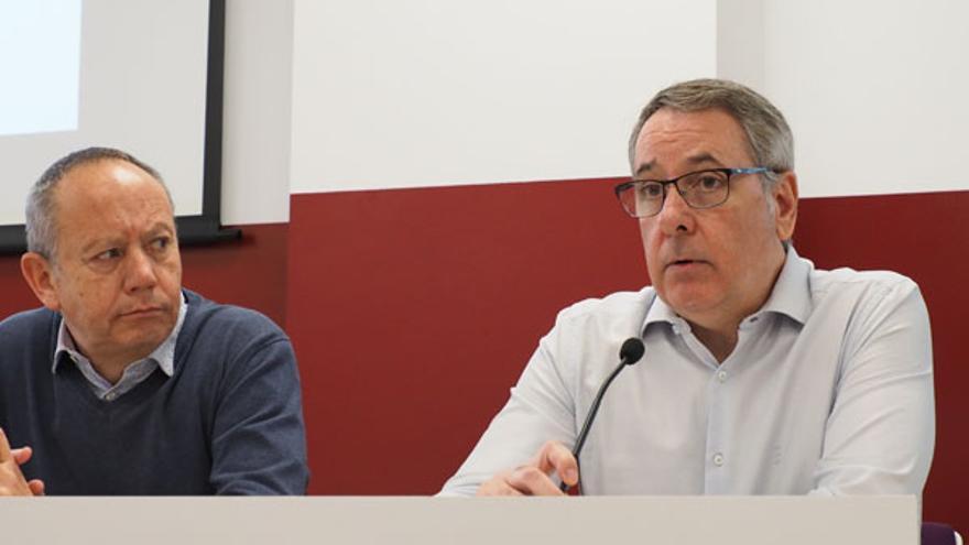 Los secretarios generales de UGT PV, Ismael Sáez, y CCOO PV, Arturo León.