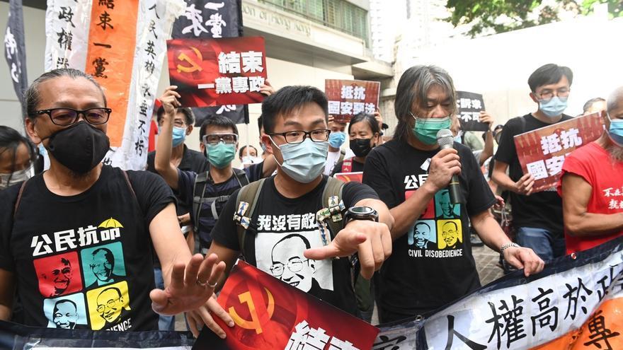 """China afirma que """"la ley reforzará el modelo de 'un país, dos sistemas'""""."""