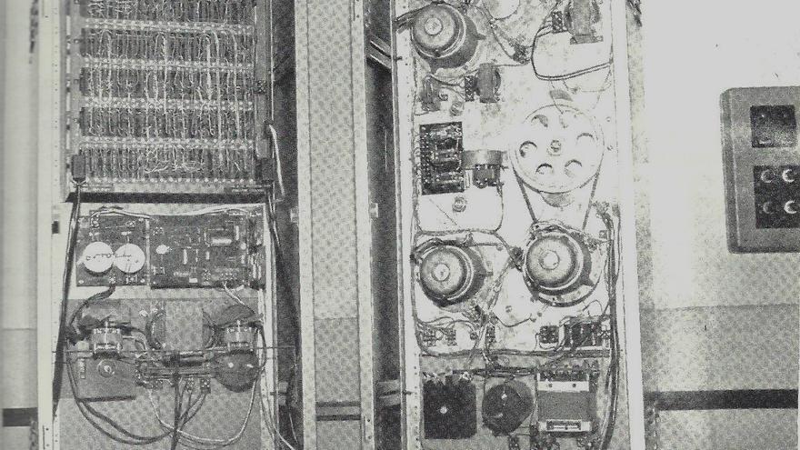 Los sistemas electrónico y mecánico del selector de información que Vaquero utilizó