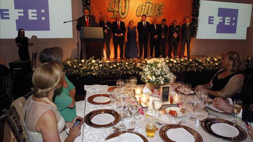 La Cámara Española en Paraguay celebra su aniversario con un premio al director del BBVA