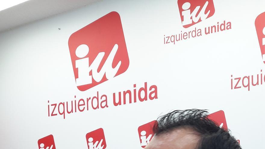 Juan Ramón Crespo, en la sede de IU Castilla-La Mancha