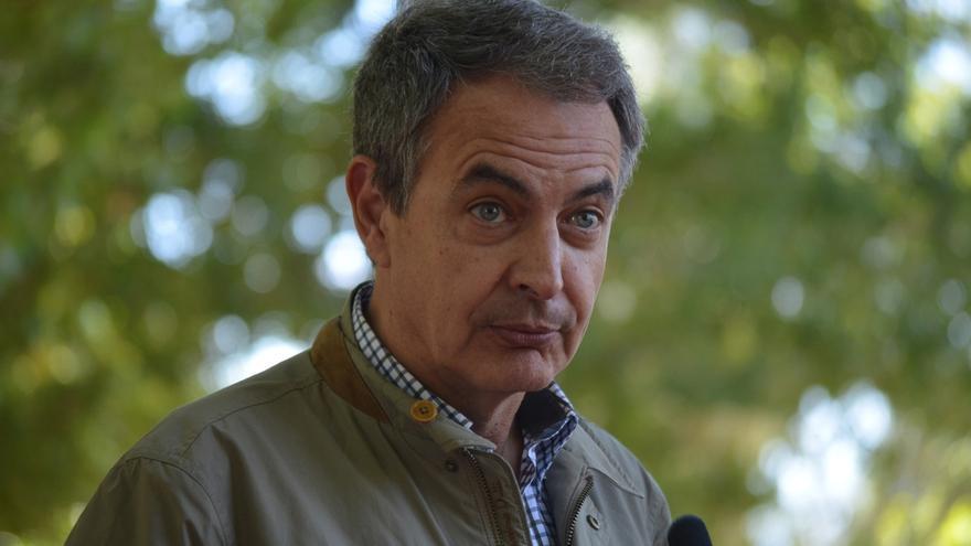 """Zapatero critica la """"incongruencia"""" y """"falta de solvencia intelectual e ideológica"""" de los independentistas"""