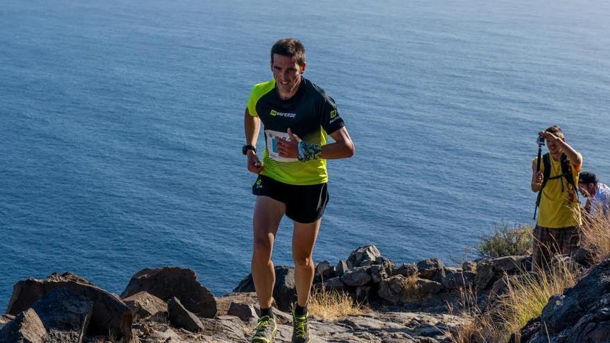 Jessed Hernández, un momento del recorrido del Kilómetro Vertical Transvulcania 2015, en el que ha empleado de 50 minutos y 38 segundos. Foto: Selu Vega / Transvulcania.