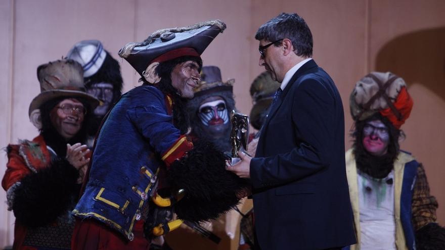 La comparsa 'Los Irracionales' triunfa en el XXV Concurso 'Fermín Salvochea' de la ONCE
