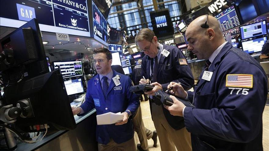 Wall Street abre con pérdidas y el Dow Jones baja un 0,05 por ciento