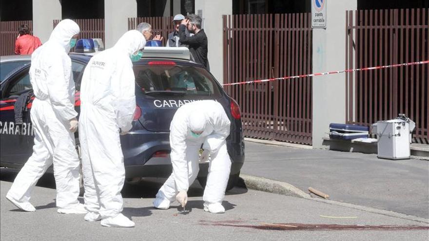 Ascienden a tres las víctimas por el ataque de un ghanés con un pico en Milán