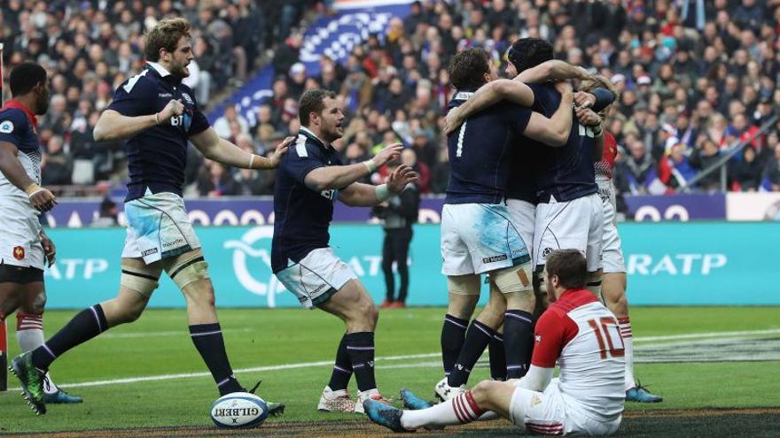 Francia y Escocia cerraron la jornada del domingo.