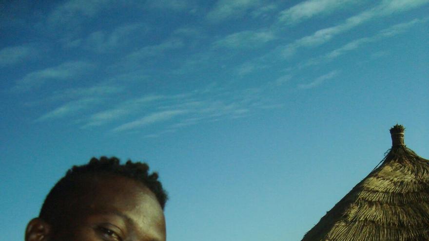 Pape y Sheila en Dakar, cuando la joven gallega pudo viajar a Senegal para visitar a su ahora marido.   Imagen cedida.