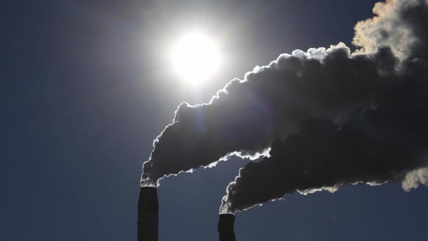 Se pretenden reducir en un 40 % las emisiones de gases de efecto invernadero respecto a los niveles de 1990