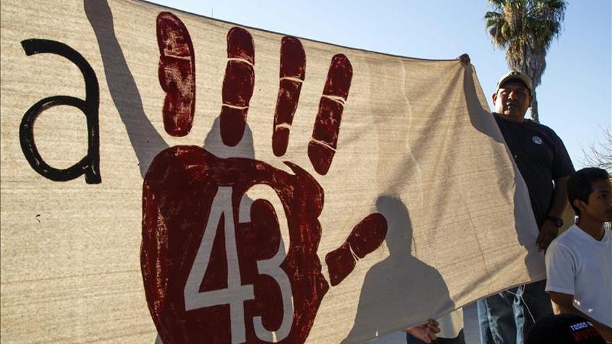 Las familias de los 43 desaparecidos creen clave el arresto del exjefe policial mexicano