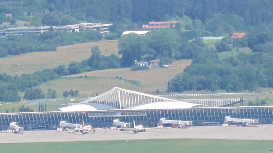 El tráfico de pasajeros crece un 7,4% en el aeropuerto de Bilbao entre enero y agosto, y se superan los 3 millones