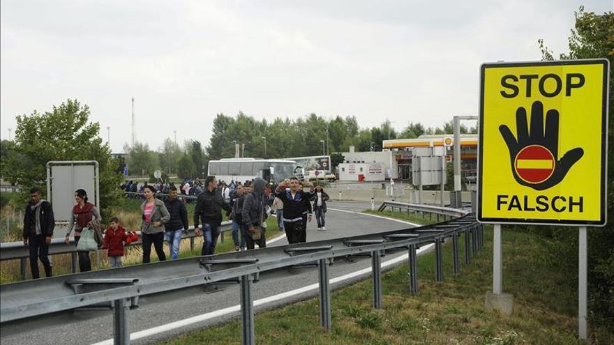 Líderes socialdemócratas europeos debaten hoy en Viena sobre los refugiados