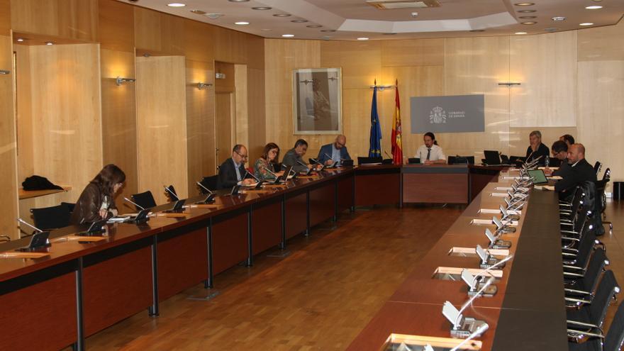 El vicepresidente del Gobierno, Pablo Iglesias, este viernes durante la reunión de su departamento y los consejeros autonómicos.