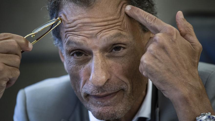 """Claudio Belocopitt: """"La gente pega la boleta en la heladera y nos putea todos los meses"""""""