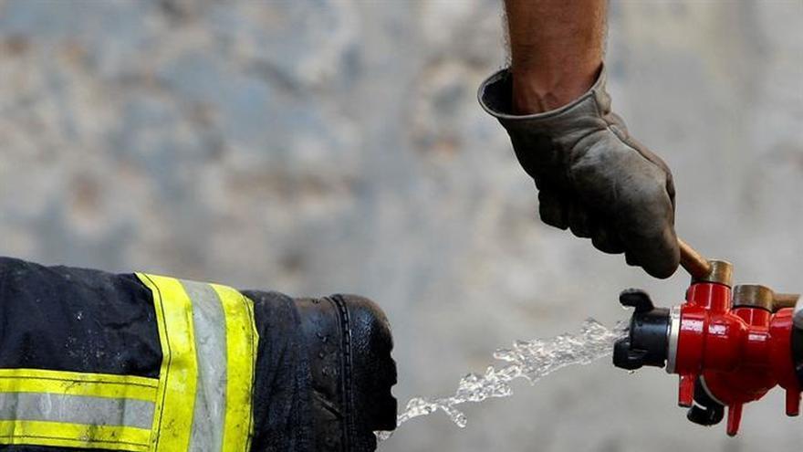 Bajan a diecinueve los incendios forestales activos en Asturias
