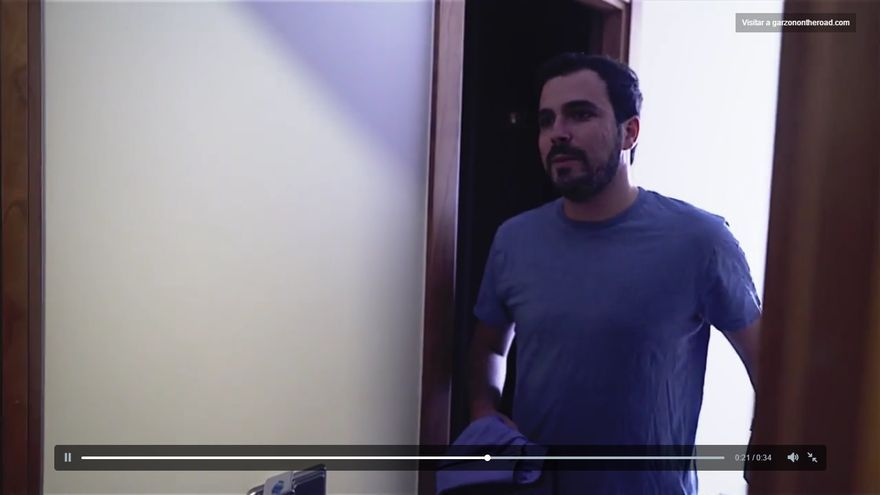 Fotograma del primero vídeo de 'Garzon on the road'.