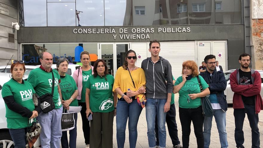 PAH Santander denuncia el desahucio de la familia propietaria del Hotel Conde Duque de Santillana el día 11
