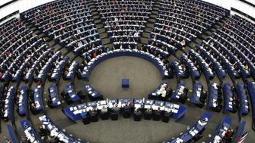 Eurodiputadas amenazan con tumbar a la nueva CE si no incluye más mujeres