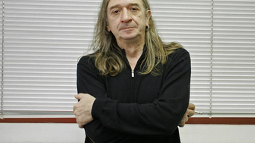 El cantante y guitarrista Rosendo Mercado