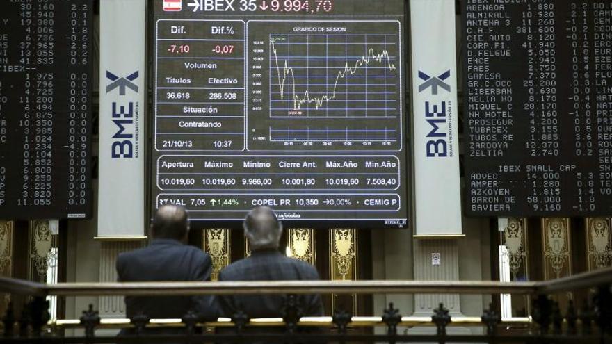El IBEX cede el 0,30 por ciento lastrado por la banca y los recortes de la FED