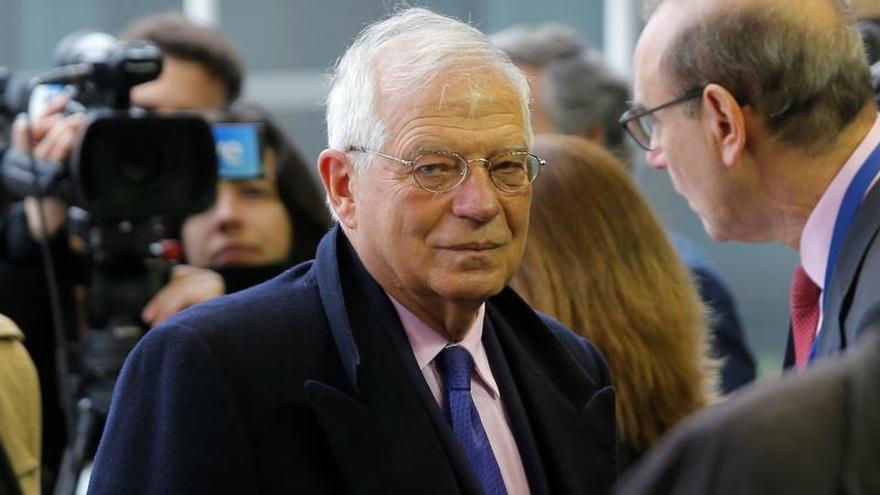 """Borrell pide a la UE acelerar su tarea diplomática ante la """"urgencia"""" en Venezuela"""