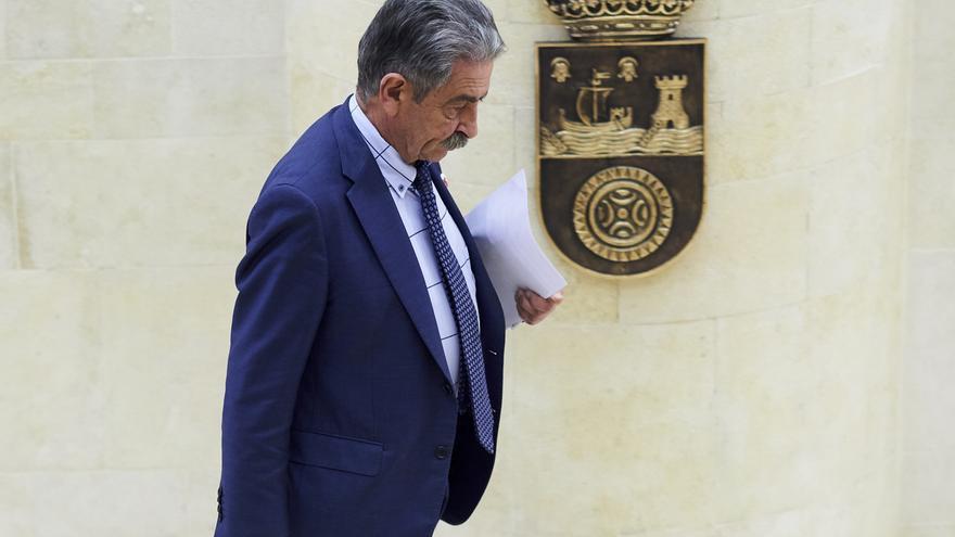 Revilla y Rodríguez comparecerán este lunes en un Pleno extraordinario y ante un Hemiciclo casi vacío