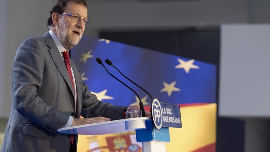 Rajoy: Votar al PP es garantía de defensa del marco constitucional