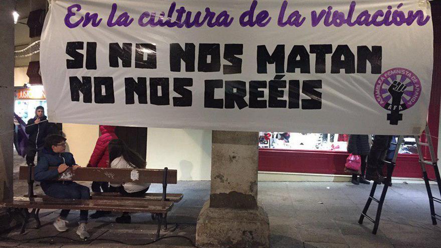 Pancarta de la Asamblea Feminista de Aranda