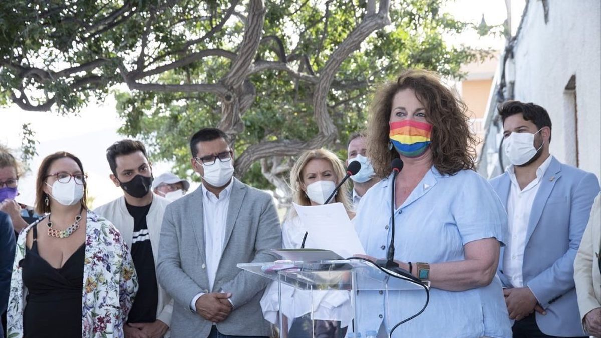 Carla Antonelli durante la inauguración de su calle este sábado, 15 de mayo