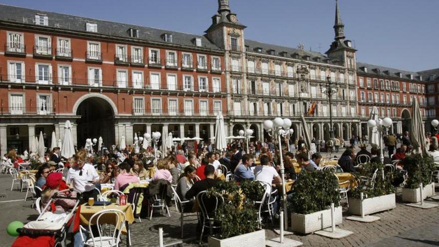Los turistas extranjeros gastaron la cifra récord de 59.082 millones en 2013