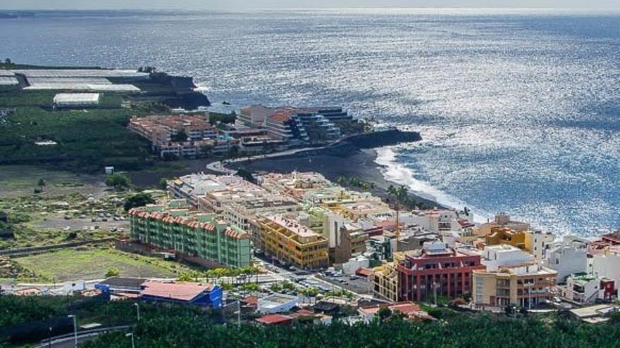Núcleo turístico de Puerto Naos.