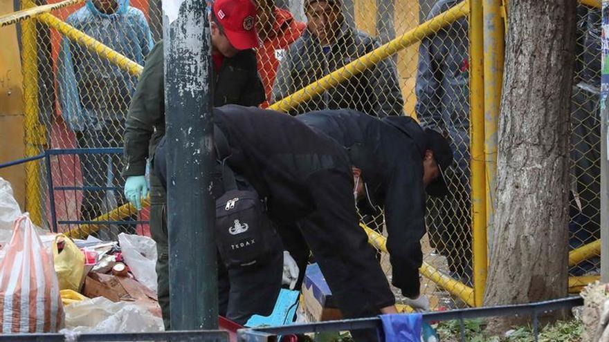 La Policía inspecciona el lugar de la explosión con seis muertos en Bolivia