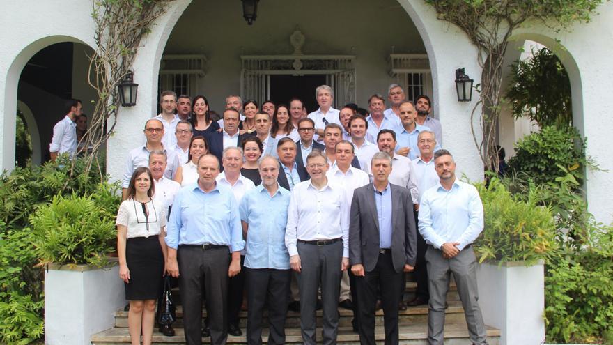 El president Puig y el conseller Rafael Climent han encabezado la expedición a Cuba con representantes empresariales valencianos