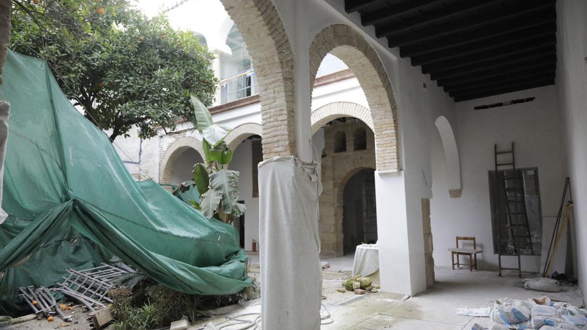 Obras en el Archivo Municipal, donde se ha hallado un muro del siglo XIII y una puerta mudéjar