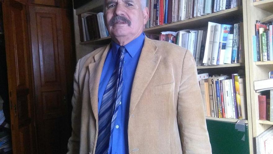 El profesor Pedro Nolasco Leal es doctor en Filología Inglesa.