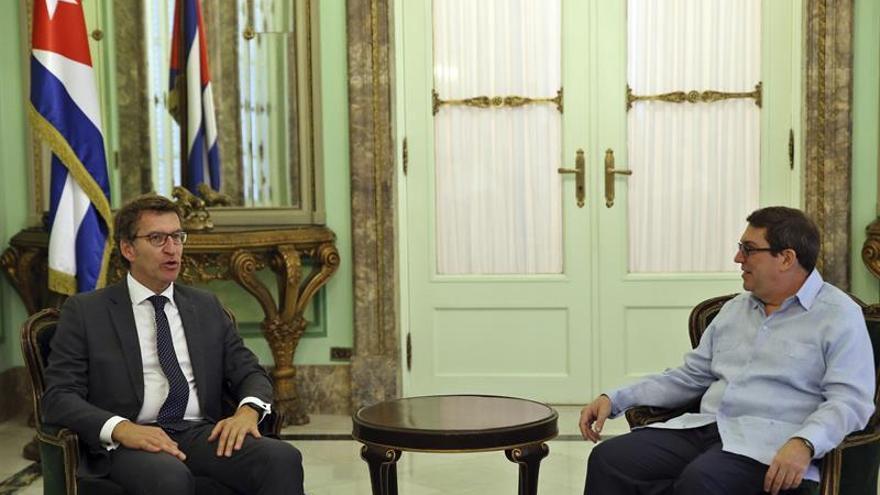 Feijóo pide modernidad y unión a los gallegos del exterior, reunidos en Cuba