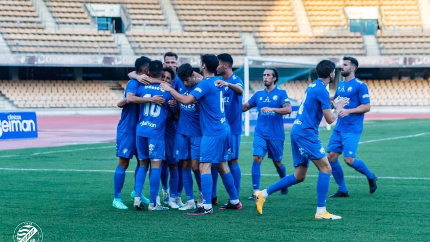 Jugadores del Xerez Deportivo celebrando un gol