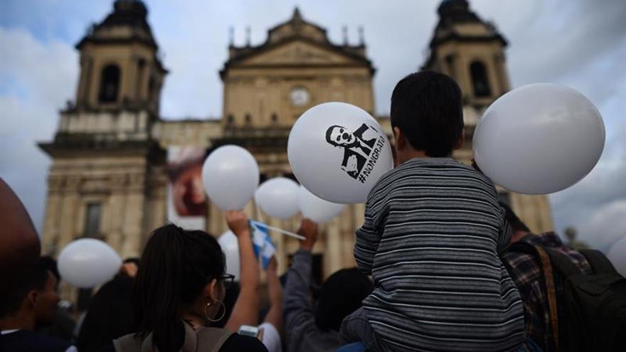 Guatemala celebra su independencia pidiendo la renuncia de Jimmy Morales