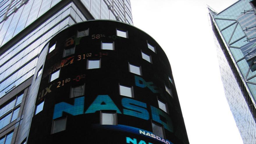 El Nasdaq llegó a los 5048 puntos el 10 de marzo de 2010 y a partir de ahí cayó en picado (Imagen: Wikipedia)
