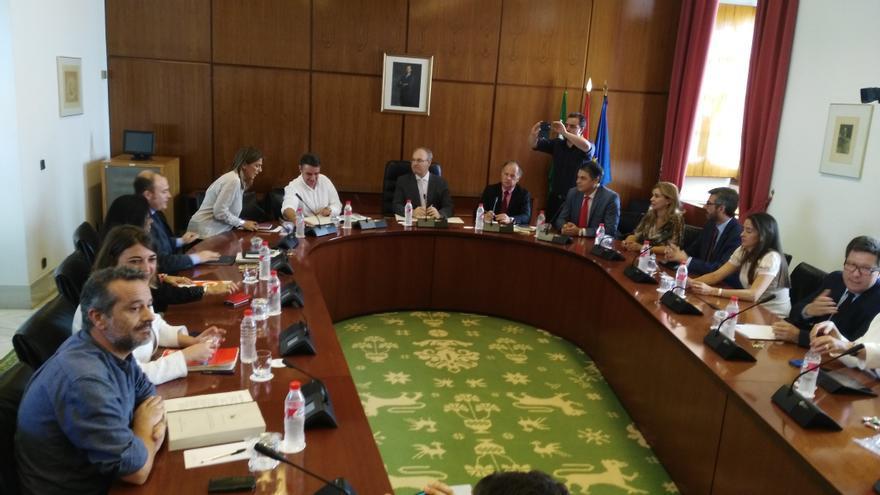 Constitución de la comisión de investigación de la formación en Andalucía.