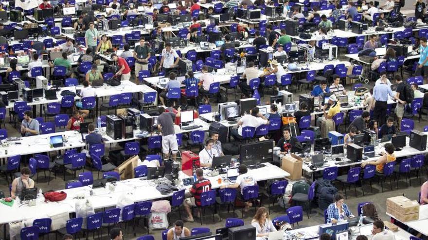 Unos 8.000 participantes dan inicio a la séptima Campus Party en Brasil