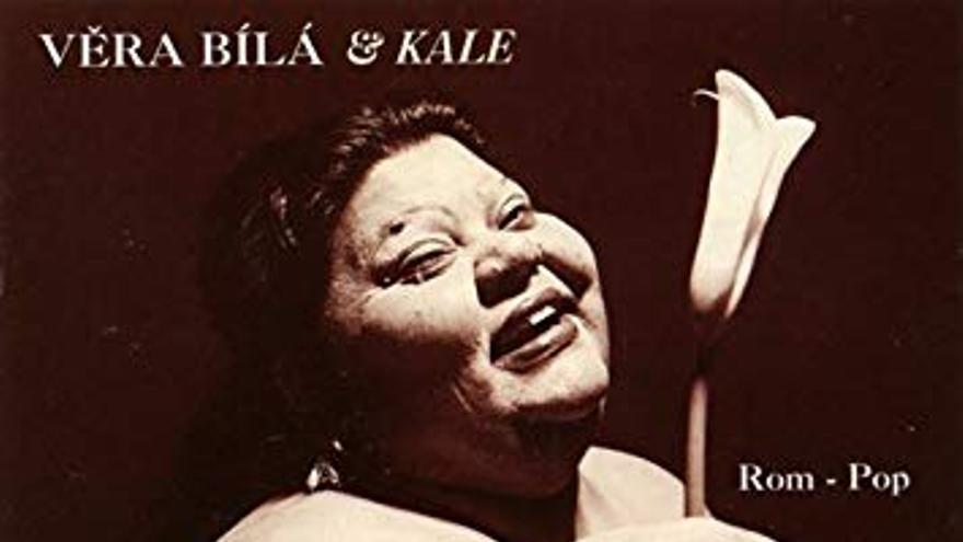 Portada de un disco de la cantante de folclor romaní Věra Bílá