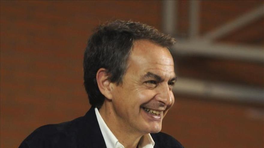 """Zapatero cree que los resultados """"abren bastantes puertas al futuro"""""""