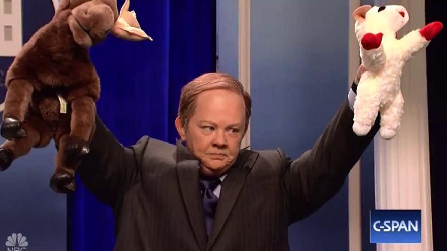 Melissa McCarthy, como el portavoz de la Casa Blanca, en SNL.